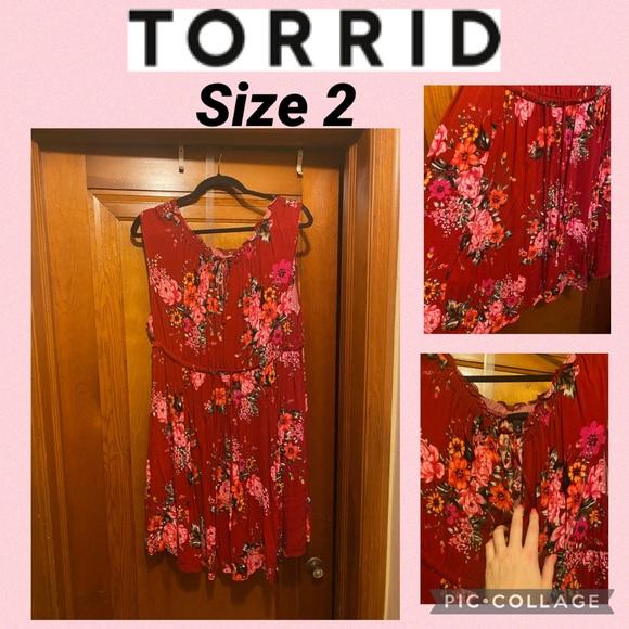 🎀🛍Torrid Dress 🎀 Beautiful Size 2🛍🎀